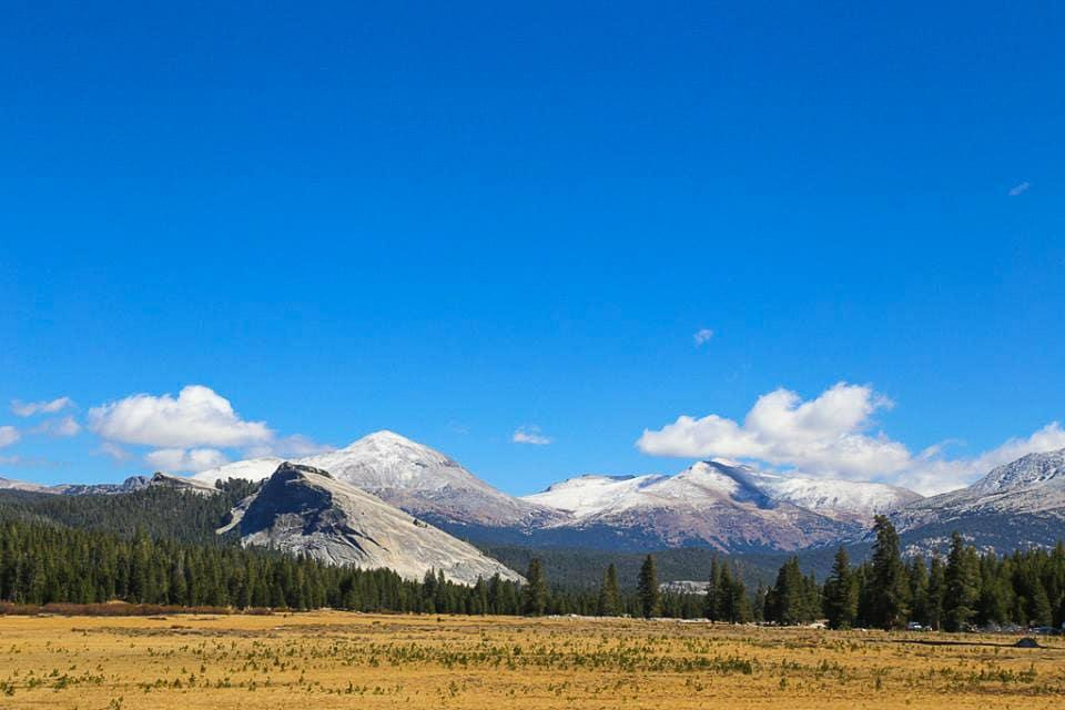 Hiking Yosemite - Sunny Coastlines Travel Blog