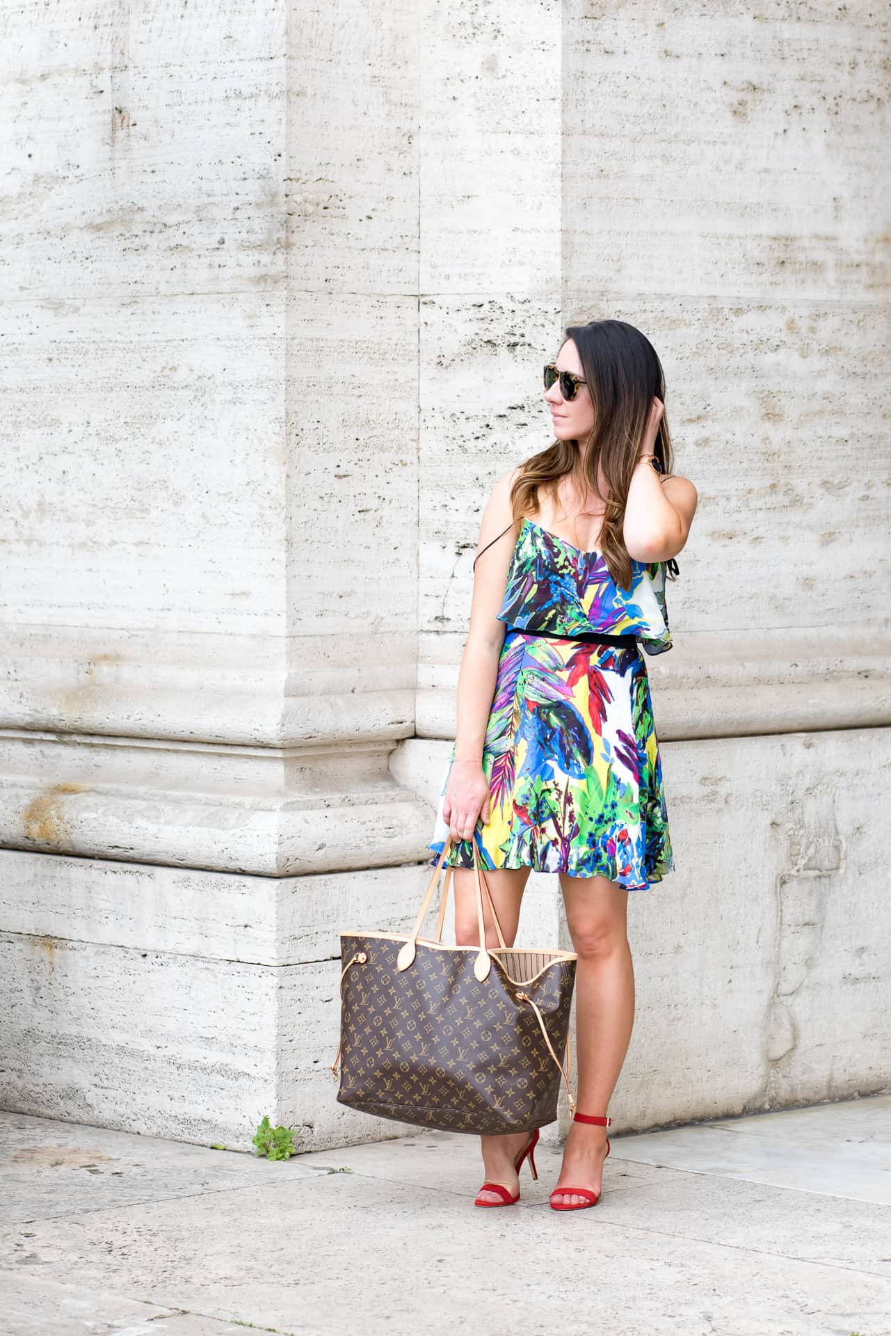 How this female founded company from MIT is going to save your closet… and your time. Sunny Coastlines Travel Blog